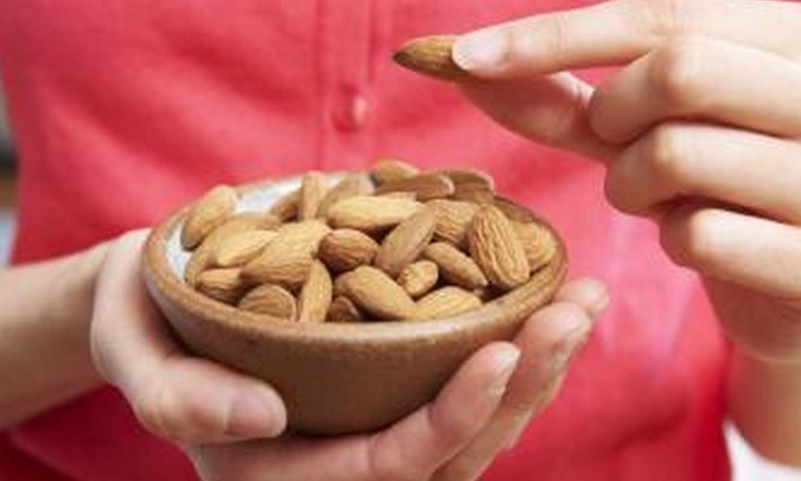 Almond eating